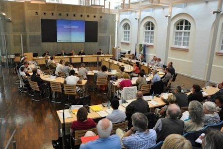 Ausschuss für Soziales und Chancengleichheit berät über Einführung eines Sozialtickets